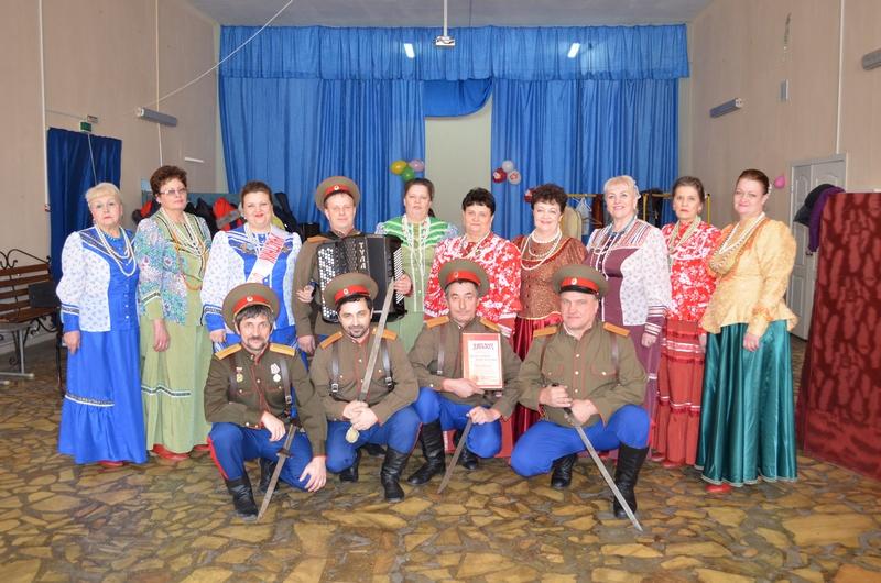 Народный самодеятельный коллектив ансамбль песни и танца